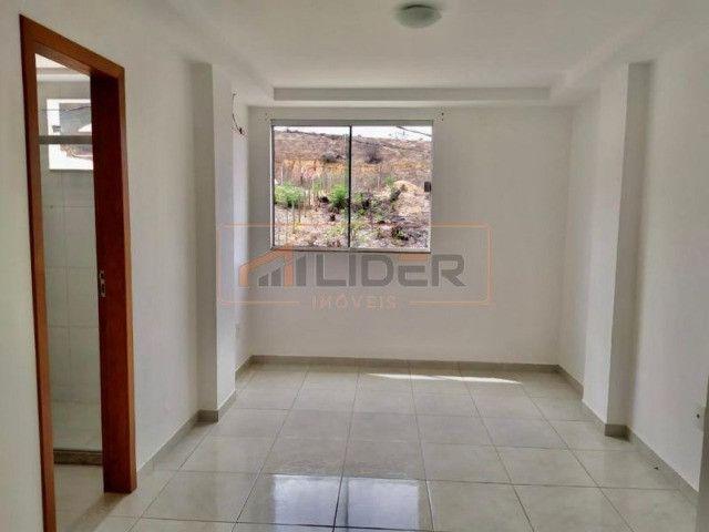 Vende-se Apartamento com 02 Quartos + 01 Suíte no Bairro Santa Mônica