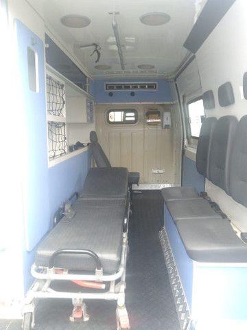 Ambulância tipo UTI - Foto 5