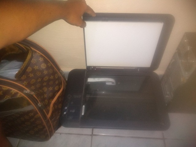 Impressora HP Deskjet 2050 - Foto 4