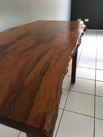 Mesa em madeira envernizada - Foto 2