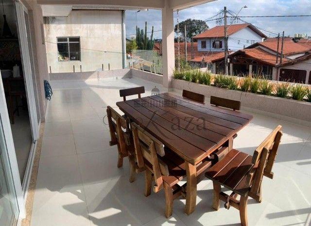 @ Casa Padrão mobiliada - Fino Acabamento - 4 quartos - 4 suítes - Foto 13