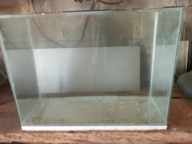 Aquário 55x40x30 - 70 litros - Foto 2