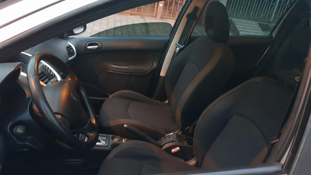 Peugeot 207 SW Automático 2010 (IPVA 2021 pago) em perfeito estado - Foto 8