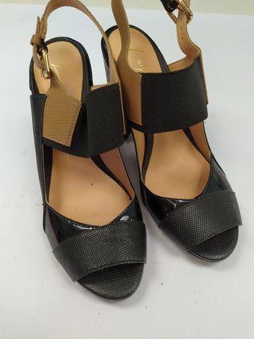 Sandália muito nova n 35 - Foto 2