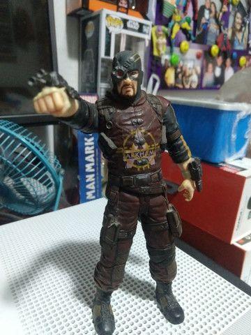 Pistoleiro Batman Arkhan - Foto 2