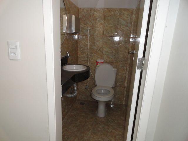 CA0073 - Casa Comercial (CLÍNICA), 2 Recepção, 5 consultórios, 20 vagas, Fortaleza. - Foto 9