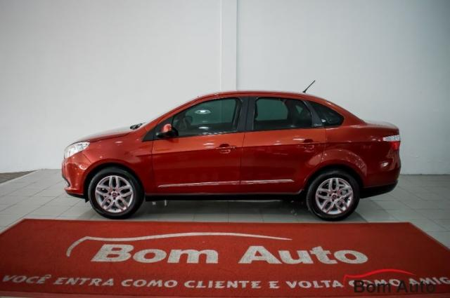 Fiat Grand Siena 1.6 Essence I-motion 2013 - Foto 5