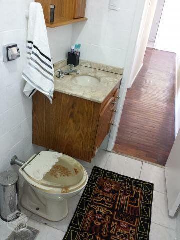 Metrô na porta - Lindo ap 2 quartos (reversível p/ 3),dependência c/ banheiro, reformado - Foto 3