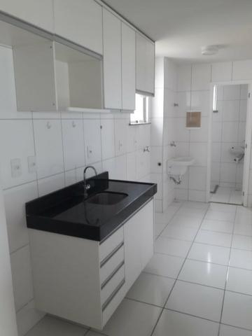 Apartamento na Ponta D'Areia, Suíte e Quarto, Locação