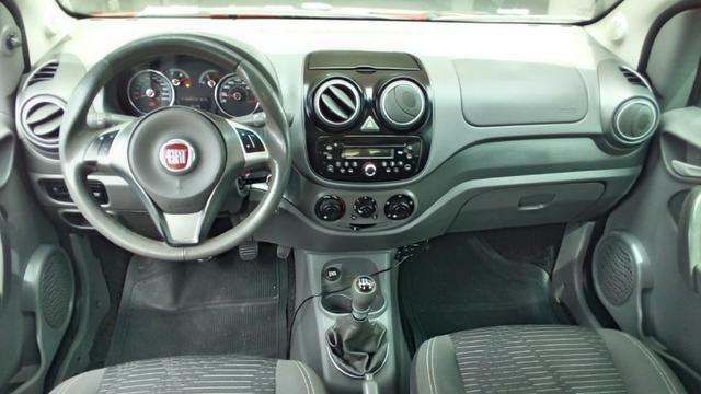 Fiat Pálio Attractive 1.4 2013 - Foto 8