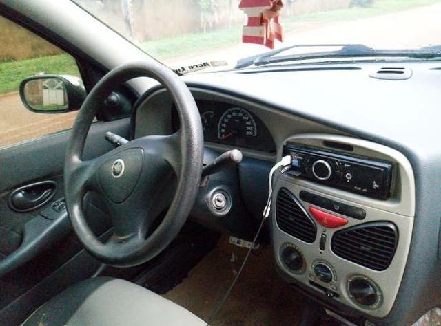 Carro Siena completo - Foto 6