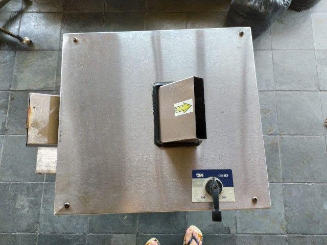 Maquina de Caldo de Cana Elétrica Luxo Inox FC-200 - Foto 3