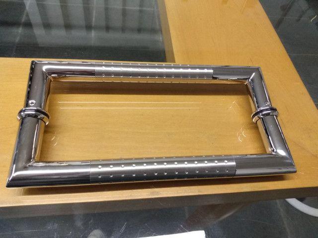 Alça de aço inox escovado detalhes polido - Foto 5