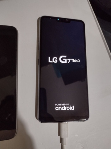 "LG G7 ThinQ / 4gb RAM / 64gb memória / tela 6.1"" Octacore - Foto 2"