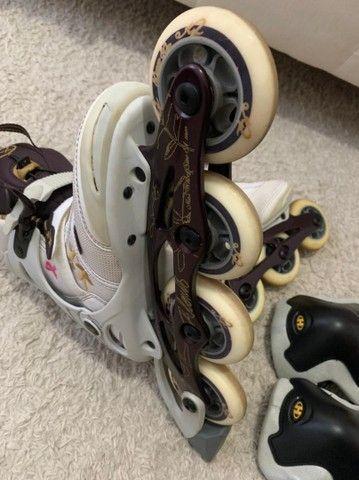 Roller Blades feminino com joalheiros e munhequeira tamanho 33 - Foto 3