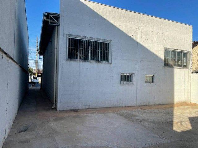 Galpão para aluguel ou venda 170m² 02 banheiros e copa. Anel Viário St. Papilon Park - Foto 13