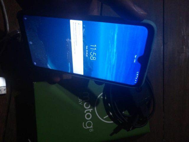 Moto G8 play semi novo