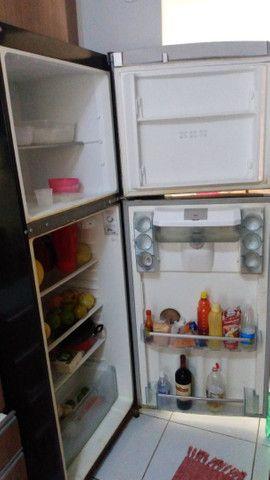 Geladeira Duplex conservada $650 aceito todos os cartões - Foto 3