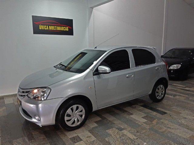 Toyota Etios X 1.3 completo / Multimidia Original / Pneus novos / Ipva Pago - 2016