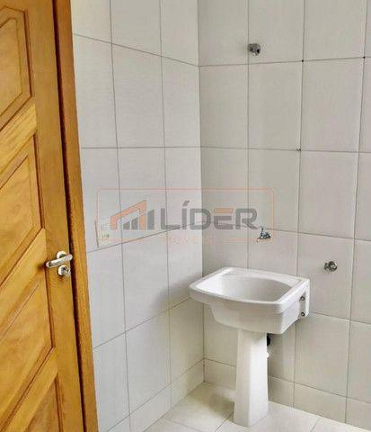 Vende-se Apartamento com 02 Quartos + 01 Suíte no Bairro Santa Mônica - Foto 8