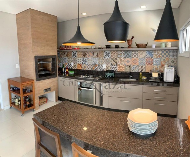 @ Casa Padrão mobiliada - Fino Acabamento - 4 quartos - 4 suítes - Foto 15