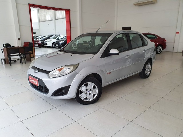 Ford Fiesta Sedan 1.6 8v Flex - Foto 3