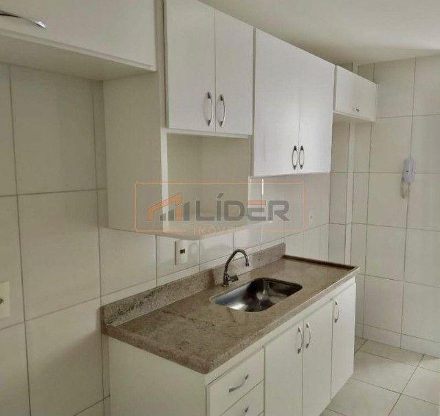 Vende-se Apartamento com 02 Quartos + 01 Suíte no Bairro Santa Mônica - Foto 7