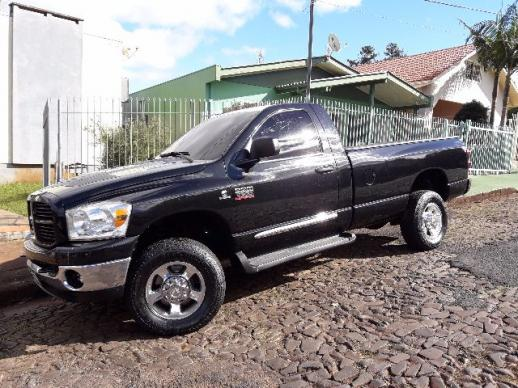 Dodge Ram 2500 super inteira