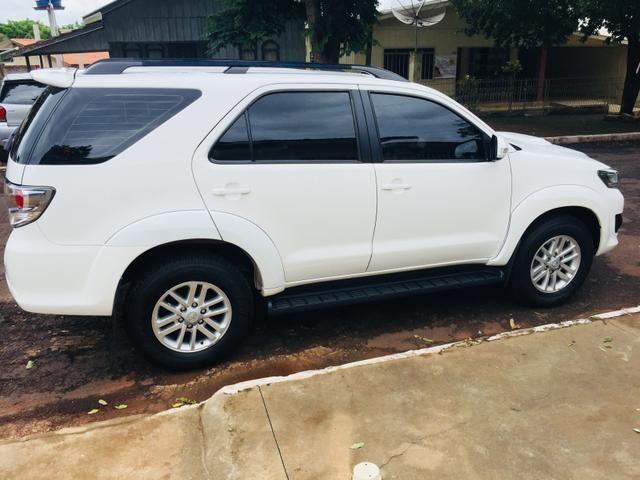 Toyota hilux sw4 3.0 srv 4x4 7 lugares diesel 4p automático 2015/2015