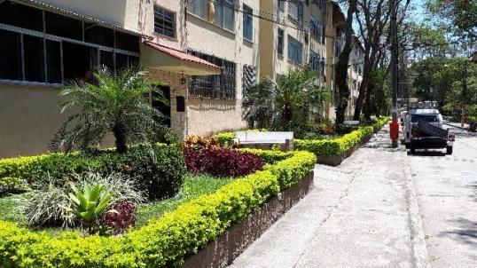 Apartamento no IAPI da Penha todo reformado - aceito carta