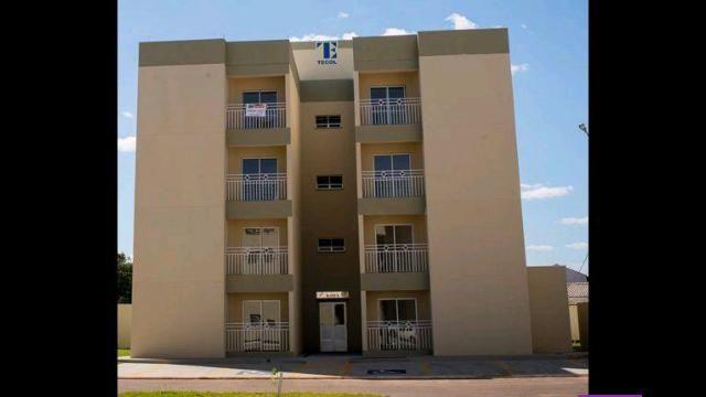 Apartamento 2 Qtos Sacada e Armários