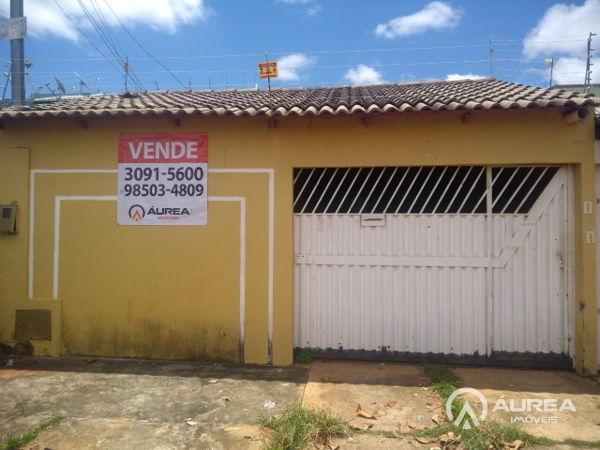 Casa  com 3 quartos - Bairro Jardim Marques de Abreu em Goiânia - Foto 2