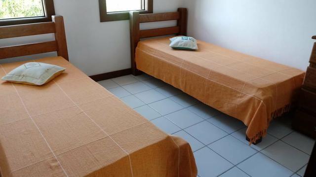 Duplex Guarajuba, com água, gás , e serviços de camareira incluso no condomínio. muito boa - Foto 10
