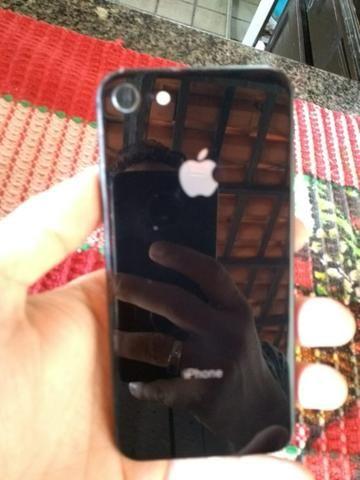 Vendo ou troco Iphone 8 64 Gb Completo Na Caixa