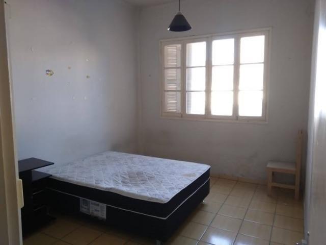 Aluga-se Apartamento Central no calçadão de Pelotas-