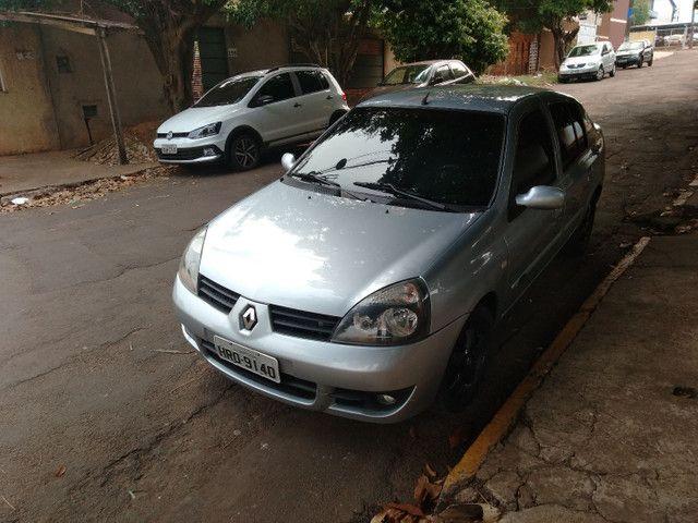 Renault Clio sedan - Foto 3