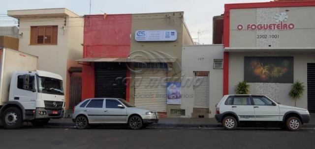 Casa à venda com 4 dormitórios em Centro, Jaboticabal cod:V5096