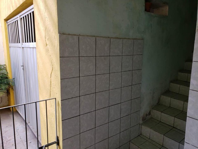 Casa na Iputinga a 50mtrs da Av. Caxangá. Saída do Engenho do Meio. - Foto 5