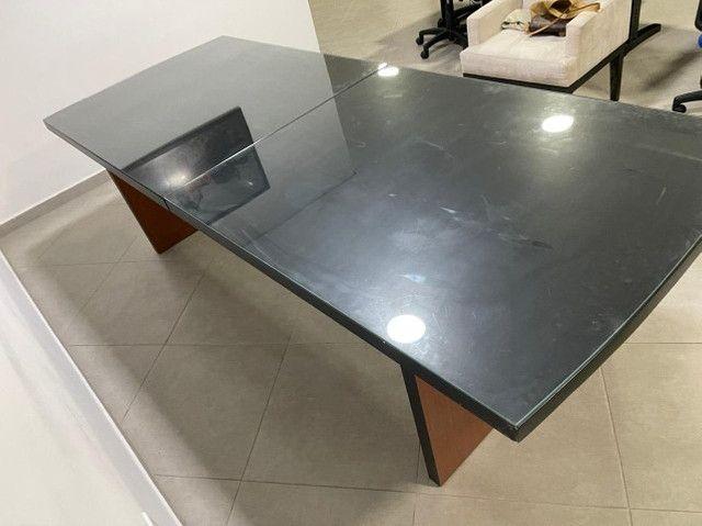 Mesa de reunião/jantar com vidro - Foto 2