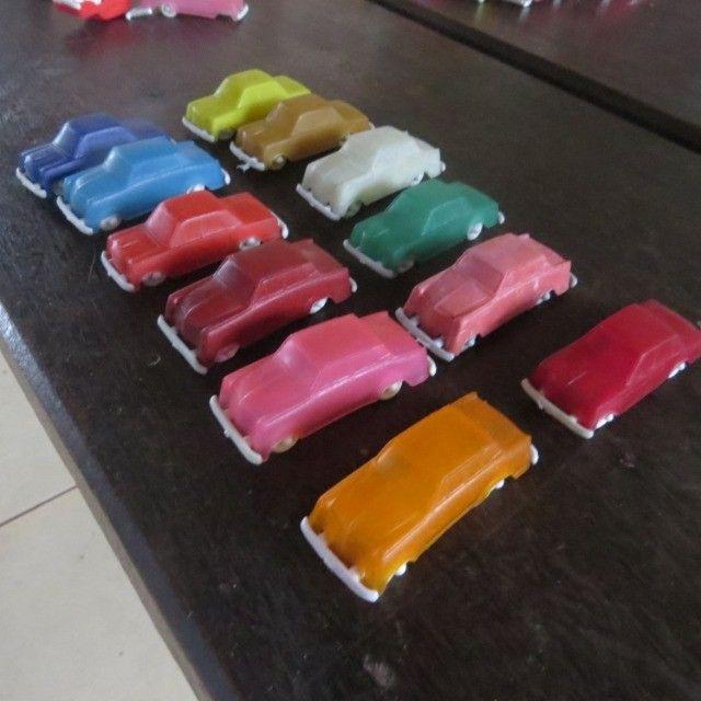 carrinhos de plástico antigos modelo da promoção toddy  - Foto 4