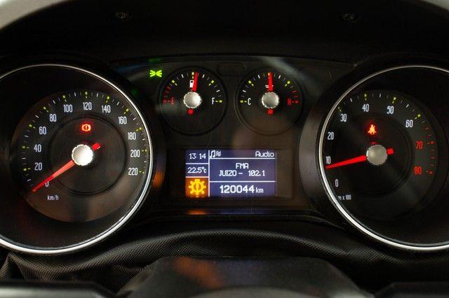 Fiat Punto Essence 1.6 16V (Flex) - Foto 9
