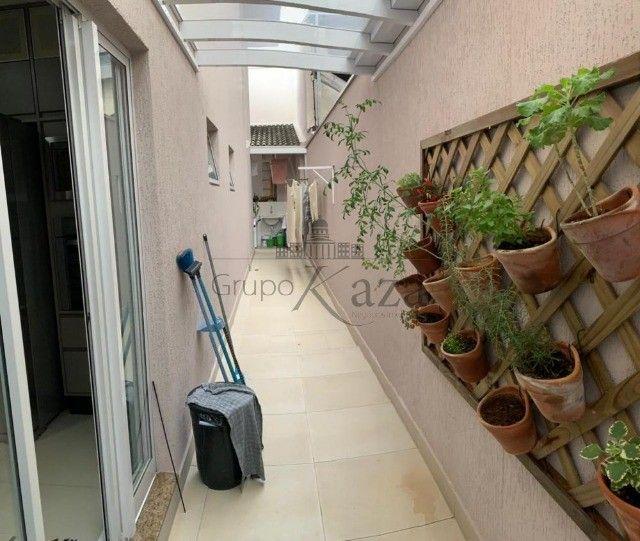 @ Casa Padrão mobiliada - Fino Acabamento - 4 quartos - 4 suítes - Foto 17