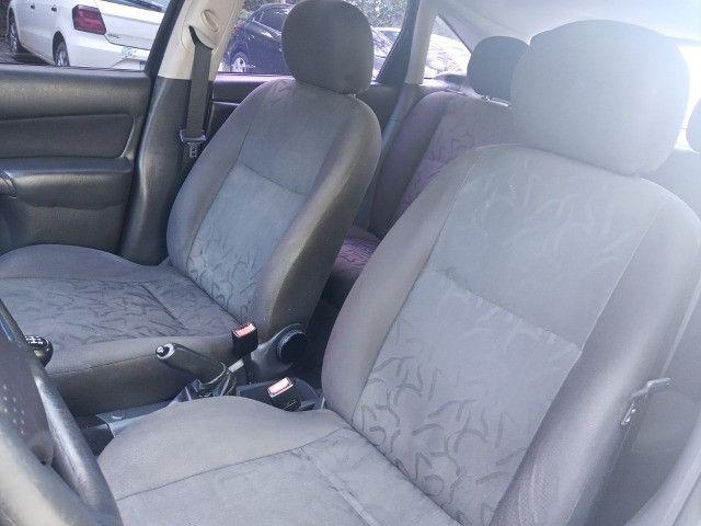 Ford Focus 2009 Hatch Gl 1.6 8v flex+completíssimo+revisado+novíssimo!!! - Foto 17