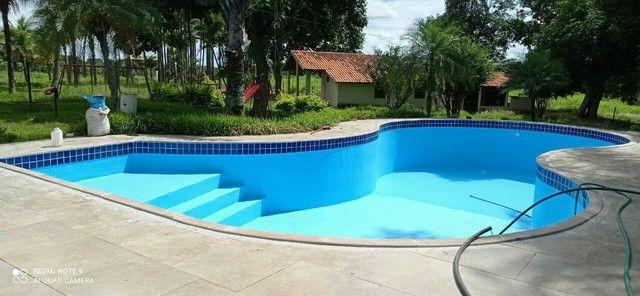 Impermeabilizamos e restauramos piscinas.