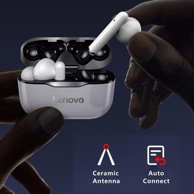 Fone de ouvido In-ear sem fio Lenovo LP1 branco e preto - Foto 3