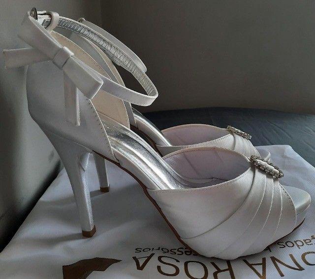 Sandália de Noiva Dona Rosa Número 37 - Foto 2
