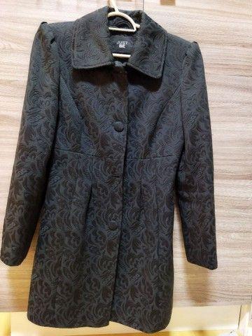 Vendo casaco tecido trabalhado usado 2x SOMENTE - Foto 4
