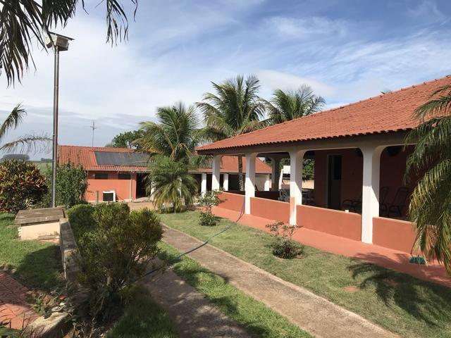 Linda Propriedade dentro da cidade de Dois Córregos - Foto 8