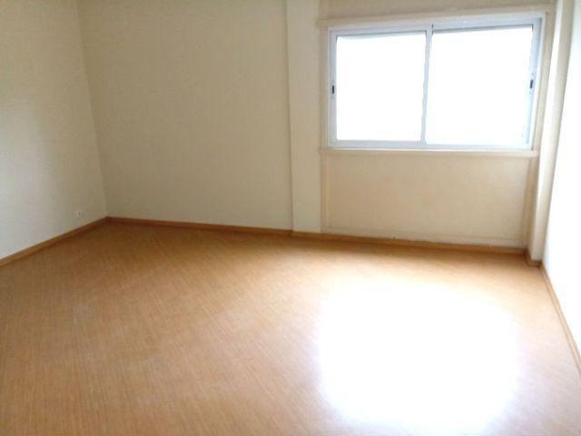 Apartamento com 2 dormitórios, 2 banheiros, 1 vaga, em Higienópolis
