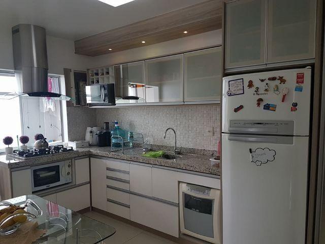Ótimo apartamento semimobiliado na Vila Operária - Itajai